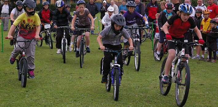 Children in a cycling race